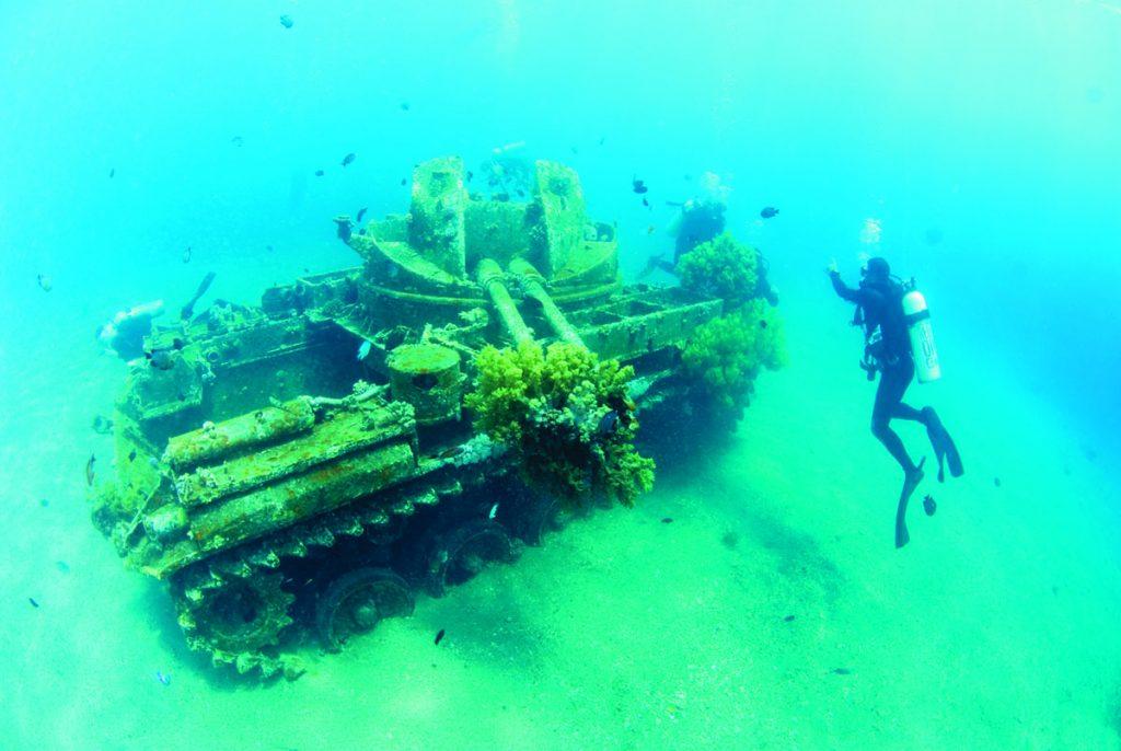 Aqaba underwater tank