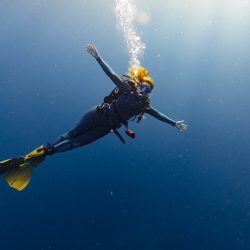 Annika Ziehen diving in similan islands