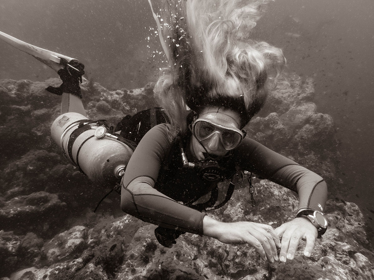 Sidemount diver in Koh Tao