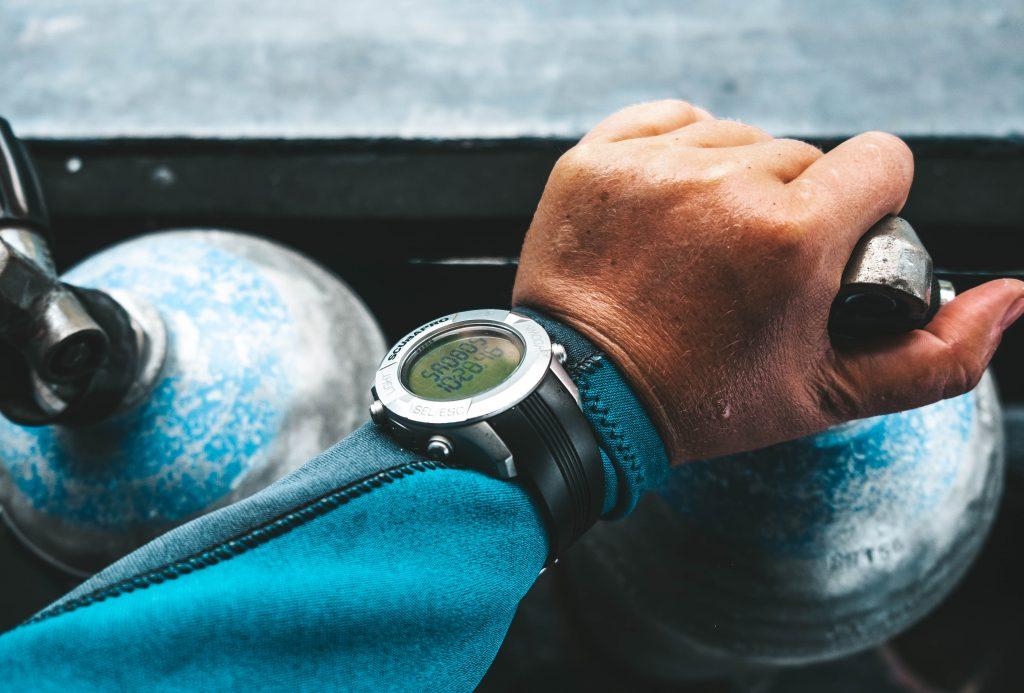 Dive computer on diver's wrist